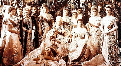 Click image for larger version  Name:Coronation 1896 cropped.jpg Views:1881 Size:308.7 KB ID:263047