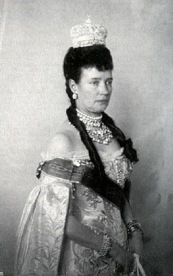 Click image for larger version  Name:Empress Marie Feodorovna 1896 Coronation.jpg Views:889 Size:28.2 KB ID:263051