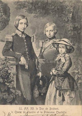 Click image for larger version  Name:Carlota y hermanos, leopoldo y felipe.jpg Views:1963 Size:30.5 KB ID:263105
