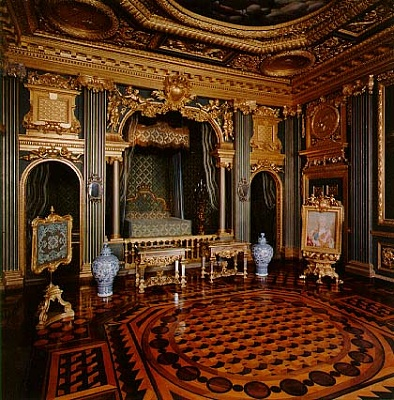 Click image for larger version  Name:Hedvig Eleonora's Parade Bedroom.jpg Views:784 Size:69.2 KB ID:267023