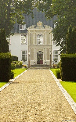 Click image for larger version  Name:Schackenborg_Palace.1.jpg Views:713 Size:93.8 KB ID:267558