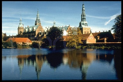 Click image for larger version  Name:Fredensborg.jpg Views:597 Size:44.1 KB ID:267649