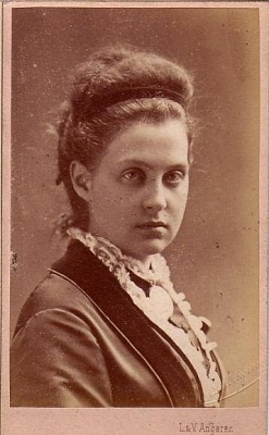 Click image for larger version  Name:queen olga.jpg Views:775 Size:39.6 KB ID:272664