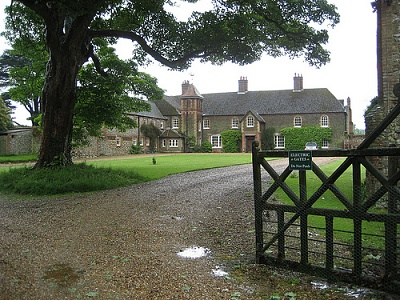 Click image for larger version  Name:anmer hall.jpg Views:2065 Size:184.6 KB ID:276697