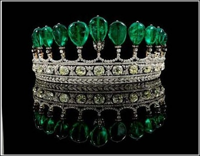 Click image for larger version  Name:Donnersmarck Emerald Tiara sold US$12.76m May11.jpg Views:589 Size:38.9 KB ID:277430