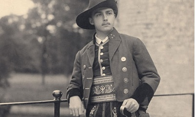 Click image for larger version  Name:Archduke Otto 1936a.jpg Views:219 Size:26.0 KB ID:278012