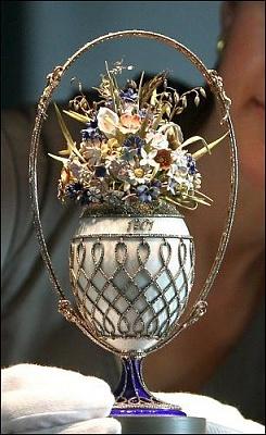 Click image for larger version  Name:Fabergé Basket of Flowers egg.jpg Views:228 Size:47.3 KB ID:278160