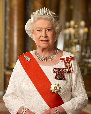 Click image for larger version  Name:New Zealand Diamond Jubilee Official Portrait.jpg Views:252 Size:149.7 KB ID:283568