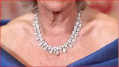Click image for larger version  Name:DOC Modern Diamond Necklace.jpg Views:520 Size:40.7 KB ID:284229