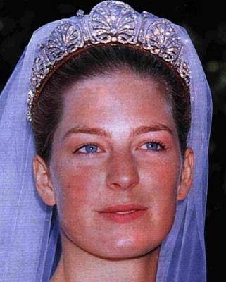 Click image for larger version  Name:tiara-kinski-casa-principesca-liechtenstein_1_1252926.jpg.jpg Views:3770 Size:71.6 KB ID:287275
