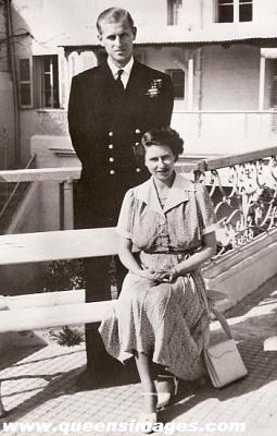 Click image for larger version  Name:1950-4 princess_elizabeth_in_malta.jpg Views:546 Size:35.1 KB ID:287505