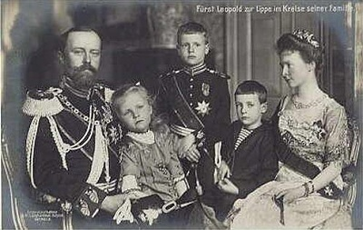 Click image for larger version  Name:Leopold IV an family.JPG Views:943 Size:44.0 KB ID:289144