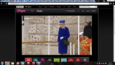 Click image for larger version  Name:queen1.jpg Views:142 Size:156.9 KB ID:289311