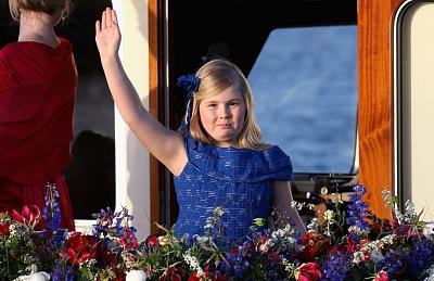 Click image for larger version  Name:amelia-princess--a.jpg Views:3650 Size:150.8 KB ID:289413