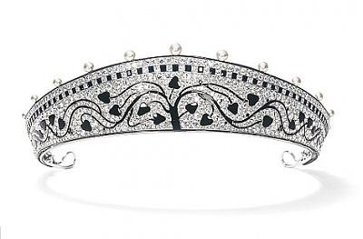 Click image for larger version  Name:a Cartier Tiara, platinum, diamonds & black onyx, 1914.jpg Views:148 Size:39.0 KB ID:290722