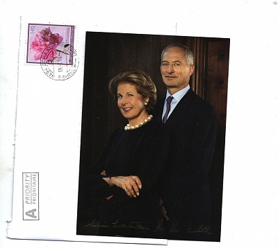 How Royals Address Letters To Queen