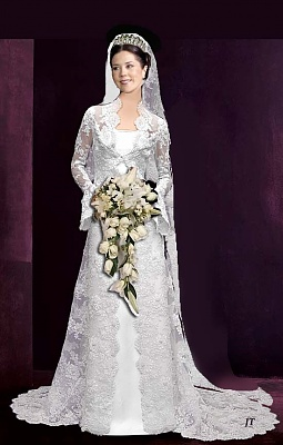 Click image for larger version  Name:MaryGown_copy.jpg Views:254 Size:56.4 KB ID:32292