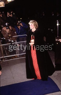 Click image for larger version  Name:Diana_Princess_of_Wales_arr.jpg Views:765 Size:31.7 KB ID:34212