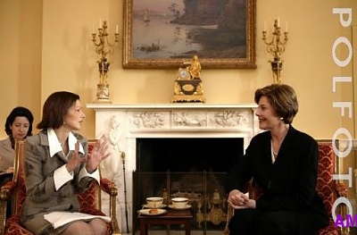 Click image for larger version  Name:laura_bush.jpg Views:456 Size:33.4 KB ID:35631