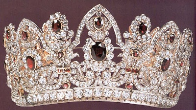 Click image for larger version  Name:Empress-Marie-Louise's-Bridal-Crown.jpg Views:1388 Size:59.7 KB ID:37700
