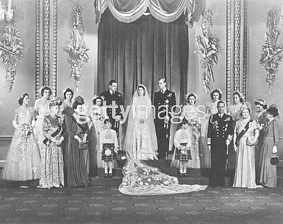 Click image for larger version  Name:Princess Elizabeth Prince Philip with bridal party and members of Royal Family 2.jpg Views:1023 Size:66.6 KB ID:40455