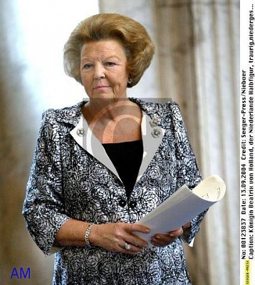 Click image for larger version  Name:beatrix-1.jpg Views:139 Size:63.5 KB ID:40883