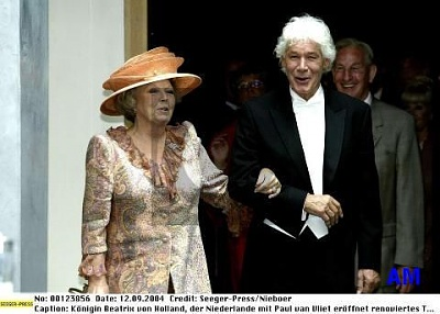 Click image for larger version  Name:beatrix-2.jpg Views:158 Size:30.1 KB ID:40884