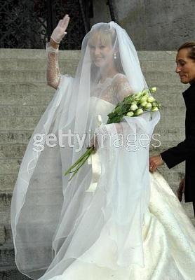 Click image for larger version  Name:Carlo Ponti, Jr. - Bride Andrea Meszaros.jpg Views:1668 Size:35.4 KB ID:42473