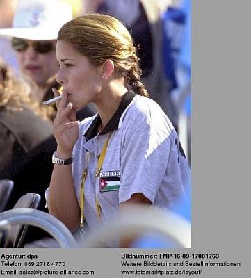 Click image for larger version  Name:Sep 22, 2000 Haya smoking.jpg Views:58136 Size:37.1 KB ID:42496