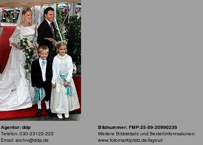 Click image for larger version  Name:FMP-wedding-1.jpg Views:378 Size:24.7 KB ID:42544