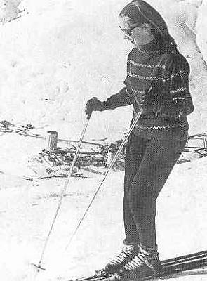 Click image for larger version  Name:ski 1961.jpg Views:1188 Size:28.4 KB ID:43940