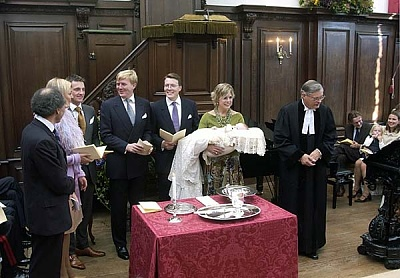 Click image for larger version  Name:NL-casimir-baptism-doop-005.jpg Views:374 Size:155.1 KB ID:45809