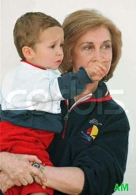 Click image for larger version  Name:5-Grandma.jpg Views:264 Size:34.4 KB ID:47956