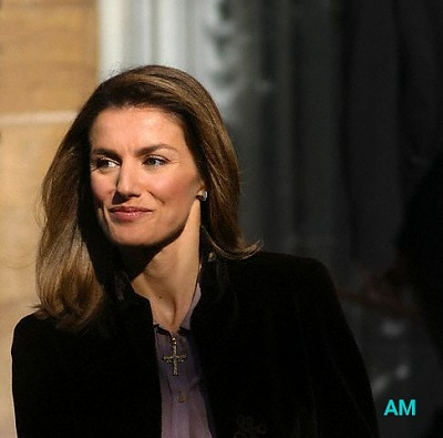 Click image for larger version  Name:letizia-a.jpg Views:557 Size:35.5 KB ID:51811