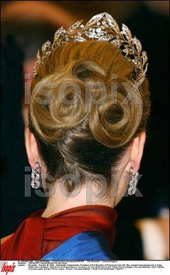 Click image for larger version  Name:mathilde jewels.jpg Views:440 Size:42.3 KB ID:51844