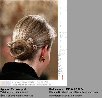Click image for larger version  Name:knot.jpg Views:218 Size:45.2 KB ID:52239