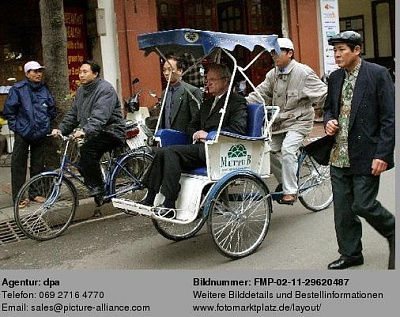 Click image for larger version  Name:Vietnam1.jpg Views:170 Size:52.8 KB ID:52979