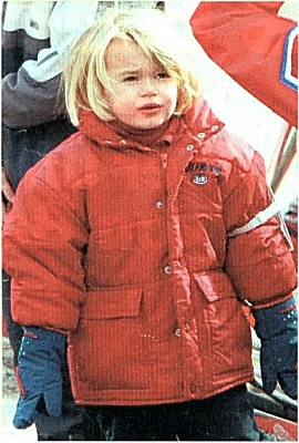 Click image for larger version  Name:Camille goes skiing.JPG Views:125 Size:90.5 KB ID:53896