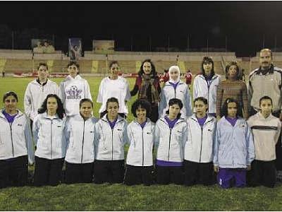 Click image for larger version  Name:rym football2.JPG Views:585 Size:27.5 KB ID:54024