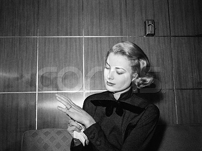 Click image for larger version  Name:Grace Kelly.jpg Views:1432 Size:44.7 KB ID:54276