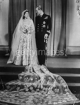 Click image for larger version  Name:1947nov2020th November 1947 Princess Elizabeth and The Prince Philip Duke of Edinburgh .jpg Views:355 Size:45.7 KB ID:54695