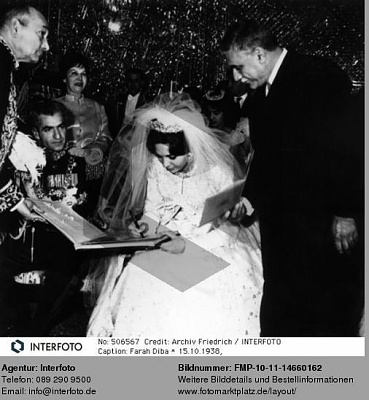 Click image for larger version  Name:1959-12-21-Wedding-6.jpg Views:13288 Size:43.3 KB ID:55165