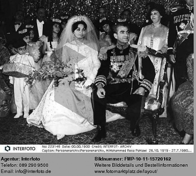 Click image for larger version  Name:1959-12-21-Wedding-12.JPG Views:11259 Size:51.2 KB ID:55171
