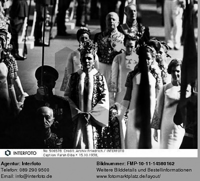 Click image for larger version  Name:1967-10-26-Coronation14.jpg Views:363 Size:45.3 KB ID:55208