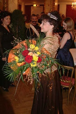 Click image for larger version  Name:Elizabeth%20Yugoslavia.jpg Views:1148 Size:30.6 KB ID:62500