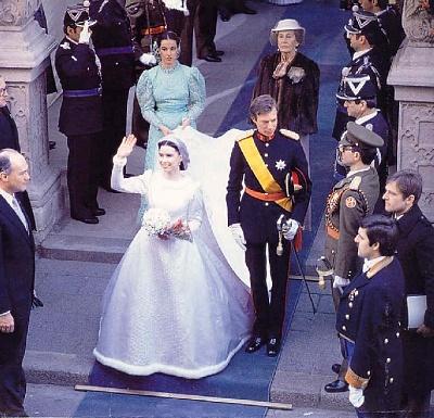 Click image for larger version  Name:wedding Henri 1982 8.jpg Views:7753 Size:140.7 KB ID:65049