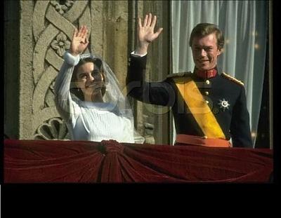 Click image for larger version  Name:wedding Henri 1982 10.jpg Views:340 Size:30.3 KB ID:65052