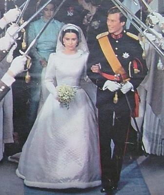 Click image for larger version  Name:wedding Henri 1982 12.jpg Views:559 Size:74.0 KB ID:65054