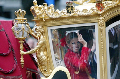 Click image for larger version  Name:prinsjesdag2002.jpg Views:178 Size:58.2 KB ID:69832