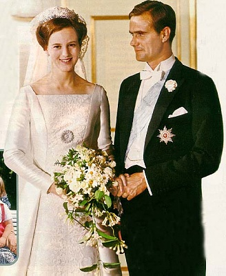 Click image for larger version  Name:DK_margrethe_henrik_wedding_100.jpg Views:1046 Size:54.0 KB ID:70152